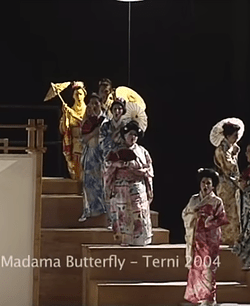 madama-butterfly-2004.png