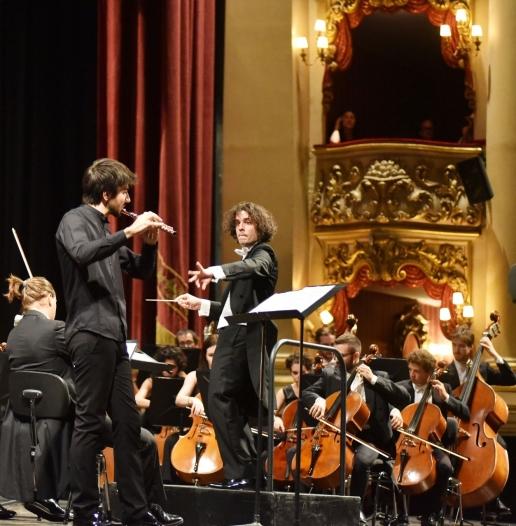 b2ap3_large_orchestra-antonio-vivaldi07